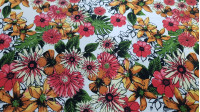 Crepe Daisy Flowers fabric - Koshibo type crepe fabric with drawings of flowers and daisies on a white background. The fabric is 150cm wide and its composition is 100% polyester.