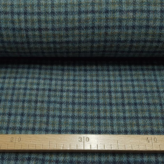"""Virgin Wool Checkered Gray Blue fabric - Pure virgin wool fabric with blue and gray checkered patterns. This is a """"Gran Reserva fabric"""" of Textiles Siles, withgreat quality. The fabric is 140cm wide and its composition is 100% wool."""