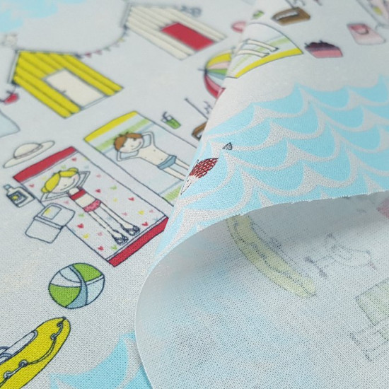 Cotton Beach Houses fabric - Summer-themed cotton fabric with drawings of colorful beach huts, girls and boys in towels, balls, umbrellas ... and some fringes that are repeated simulating the sea with light blue fish.