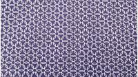 Tela Algodón Círculos Entrelazados - Tela de algodón con dibujos de círculos blancos entrelazados sobre un fondo azúl oscuro/violeta. Una tela ideal para combinar con tus creaciones de patchwork y otros complementos decorativos. El ancho del tejido es d