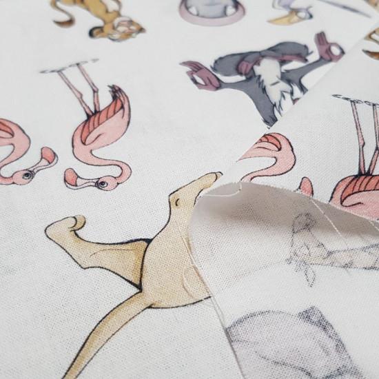 Tela Algodón Disney El Rey León - Tela Disney de algodón con los personajes de la película El Rey León. Aparecen varios personajes como Simba, Zazú, Nala, Rafiki…sobre un fondo blanco. La tela mide 150cm de ancho y su composición 100% algodón.