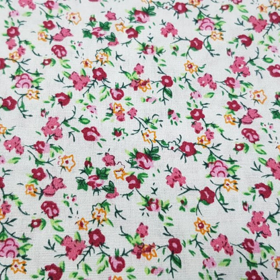 Cotton Flowers Pink Green Yellow fabric - 100% cotton fabric with flower patterns of many colors and types. Pink colors predominate, through green, white and yellow. This fabric is ideal for decorations, accessories, Patchwork and much more. The fabric is