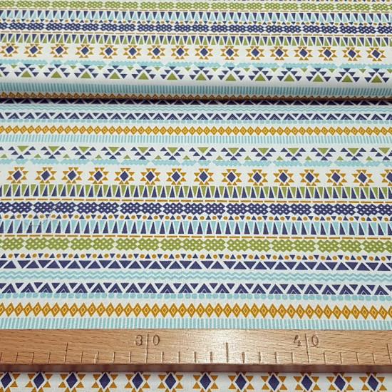 Tela Algodón Triángulos Azteca - Tela de algodón con dibujos de formas geométricas, triángulos, zigzagscon un estilo azteca en colores vivos. La tela mide 150cm de ancho y su composición 100% algodón.