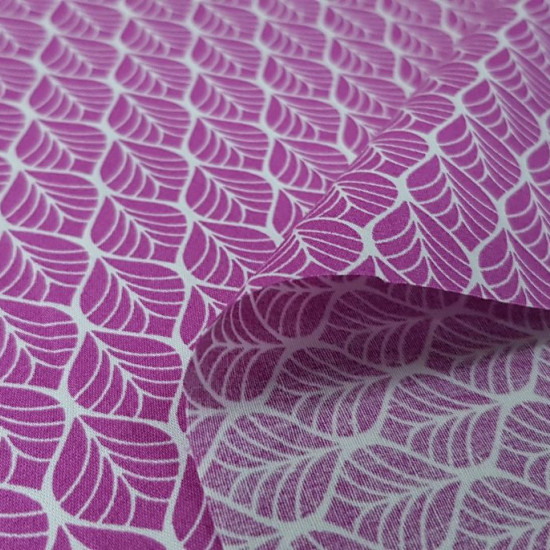 Cotton Geometric Shapes Fuchsia fabric - Cotton fabric with geometric patterns making the shape of leaves in white strokes on a pink background. The fabric measures 150cm and its composition is 100% cotton