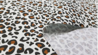 Cotton Animal Print Lux fabric - Cotton fabric with animal print drawings in various colors and contrasting colors. The fabric is 150cm wide and its composition is 100% cotton.
