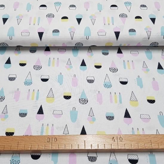 Tela Algodón Helados Colores - Tela de algodón con dibujos de helados de colores sobre un fondo blanco. La tela mide 150cm de ancho y su composición 100% algodón