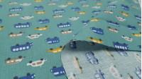 Tela Algodón Vehículos Verde Turquesa - Tela de algodón infantil con dibujos pequeños de coches y autobuses en colores azules, mostaza, beige y blanco sobre un fondo verde turquesa. La tela mide 150cm de ancho y su composición 100% algodón.
