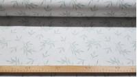 Tela Algodón Plantas Bambú Verde - Tela de algodón con dibujos de plantas de bambú en color verde sobre un fondo blanco. Esta tela coordina con la tela de algodón Pandas Bambú Verde de la misma colección. La tela mid
