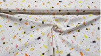 Cotton Mythical Ice Cream fabric - Cotton fabric with ice cream drawings that remind us of the mythical ice cream brands in the shape of a foot, tornadoes, rockets, pencils ... The fabric is 150cm wide and its composition is 100% cotton.