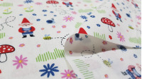 Cotton Forest Gnomes fabric - Cotton poplin fabric with drawings of gnomes in the forest, with mushrooms, flowers, snails ... The fabric is 140cm wide and its composition is 100% cotton.