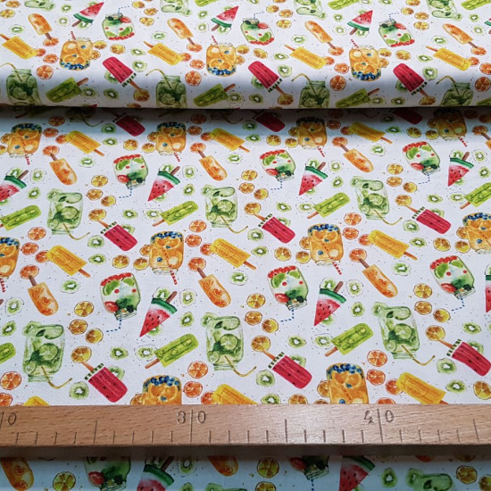 Cotton Ice Cream Sorbet Fruits fabric - Organic cotton fabric (GOTS) with drawings of ice creams and fruit sorbets on a white background. The fabric is 150cm wide and its composition is 100% cotton.