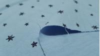 Tela Algodón Lavado Estrellas Menta Empolvado - Tela de algodón infantil efecto lavado y levemente arrugado con dibujos de estrellasen trazos negros sobre un fondo verde menta empolvado. La tela mide 135cm de ancho y su composición 100% algodón.