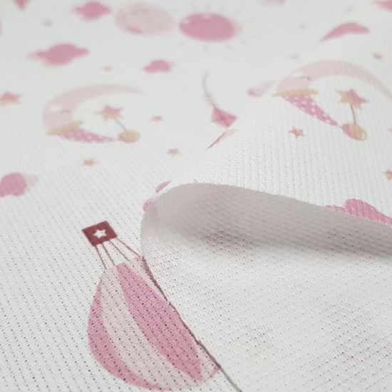 Pique Kites Balloon Pink fabric - Children's piquecanutillo fabric with drawings of kites, balloons, suns and moons in pink and gold tones on a white background. The fabric is 150cm wide and its composition is 100% cotton