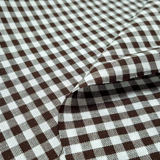 Tela Algodón Vichy Cuadros 4mm - Tela de algodón con el típico cuadritode Vichy. El tamaño del cuadro es de 4mm. La tela mide 150cm de ancho y su composición 100% algodón.