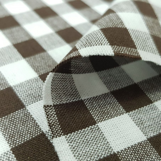 Gingham Cotton 9mm fabric - Cotton fabric with a 9mm Vichy square pattern. The fabric is 145cm wide and its composition is 100% cotton.