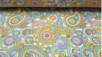 Tela Loneta Cachemir Llamativo - Tela de loneta, resistente y fuerte con dibujos estilo cachemir de llamativos colores, así como flores también de colores llamativos. Una tela muy divertida para decoraciones y complementos como bolsos o monederos. L