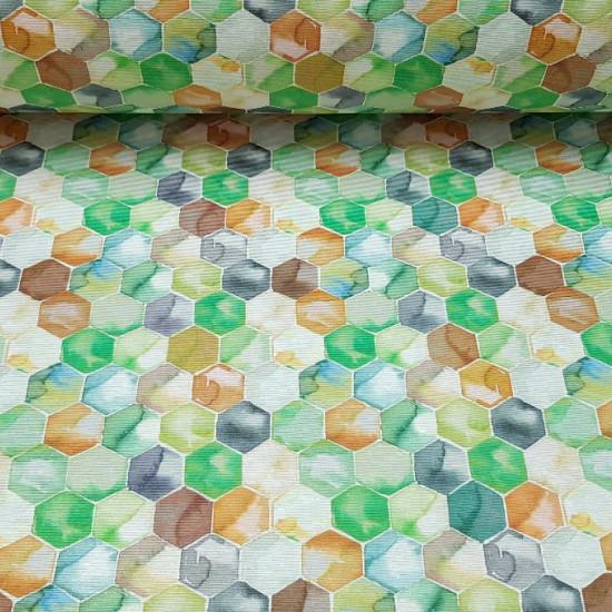 Tela Loneta Panales Colores - Preciosa tela de loneta con dibujos de panales en colores de tonos verdes, azules y naranjas con un efecto agua. La loneta es ideal para decoraciones, cojines, cortinas... debido a su gran ancho de 280cm tiene multitud d
