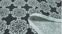 Tela Loneta Mandalas Blancas - Tela de loneta decorativa con dibujos de mandalas con formas geométricas de color blanco sobre un fondo gris oscuro tirando a negro pizarra. La loneta es una tela muy resistente y fuerte, ideal para confecciones de cojin