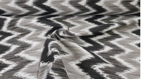 Canvas Zig-Zag fabric - Canvas fabric in gray and black tones in a zig-zag shape that will give you a lot of play with the decoration of your home or business.