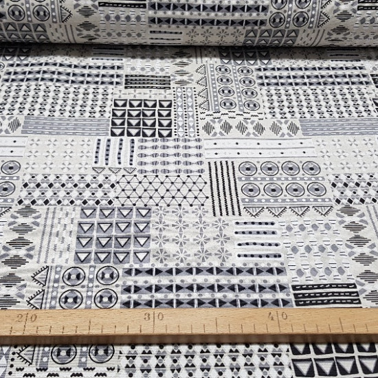 Canvas Triangles and Shapes fabric - Beautiful canvas in white, black and gray tones that will give you a lot of play with the decoration of your home or business. It is a very resistant and strong fabric, so it can also be used for upholstery and curtain