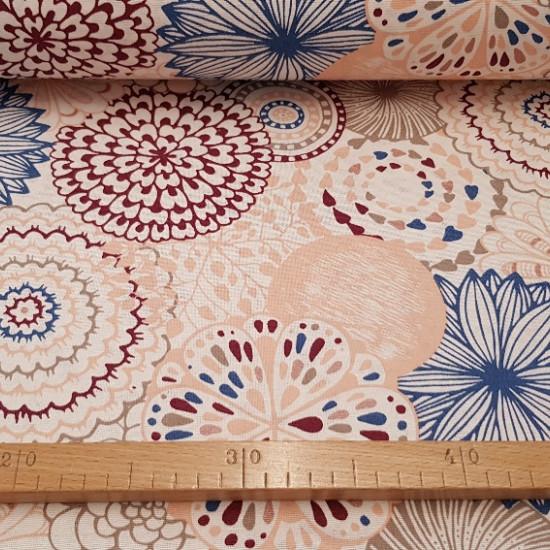 Tela Loneta Flores Grandes - Tela de loneta con dibujos de varios tipos de flores conforma grande en varios colores en el que predomina el color crema. Ideal para decoración del hogar o para complementos como bolsos. El ancho del tejido es de 2