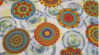 Tela Loneta Mandalas Llamativo - Tela loneta fuerte y resistente con dibujos de mandalas con colores llamativos de varios diseños. Esta tela de loneta tiene un ancho de 280cm, lo que la hace ideal para proyectos de decoración ytapicería. También es un