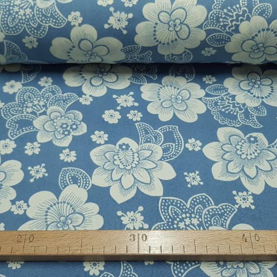 Tela OUTLET Crespón Flores Blancas Vintage Azul - Tela de crespón vintage con dibujos de flores grandes blancas sobre un fondo azul. La tela mide 110cm de ancho. Tela Outlet Liquidación Barata