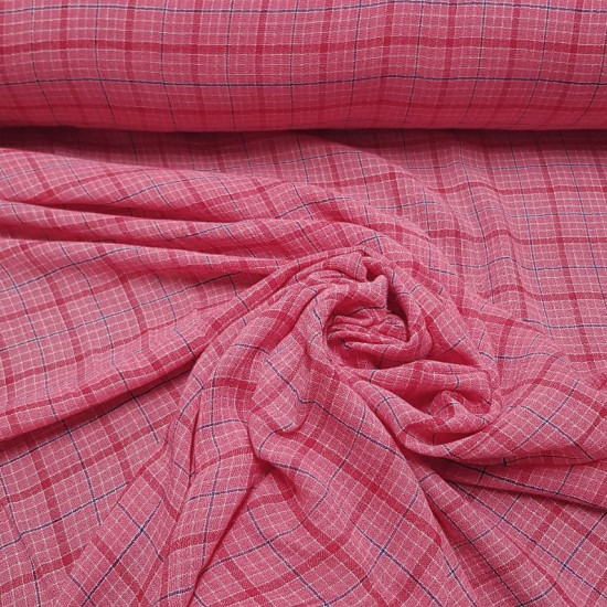 OUTLET Bambula Pink Squares fabric - Very fine bambula fabric with patterned chiffon pattern where the color pink / fuchsia predominates. The fabric is 120cm wide and its composition is 100% cotton. Cheap outlet clearance fabric