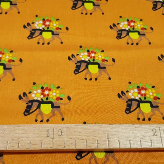 Tela OUTLET Burritos con flores - Tela de poliester/seda fina con dibujos de burritos con flores La tela mide 80cm de ancho Tela Barata Outlet Liquidación