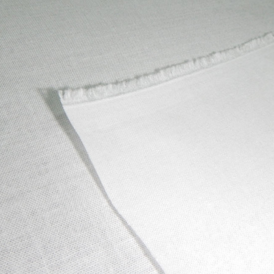 Cotton Fusible Interfacing fabric - 100% cotton woven fusible interlining / interfacing toadd body to lighter weight fabrics, or use as an interlining for coats or jackets. The fabric is 80cm wide and its composition is 100% cotton.